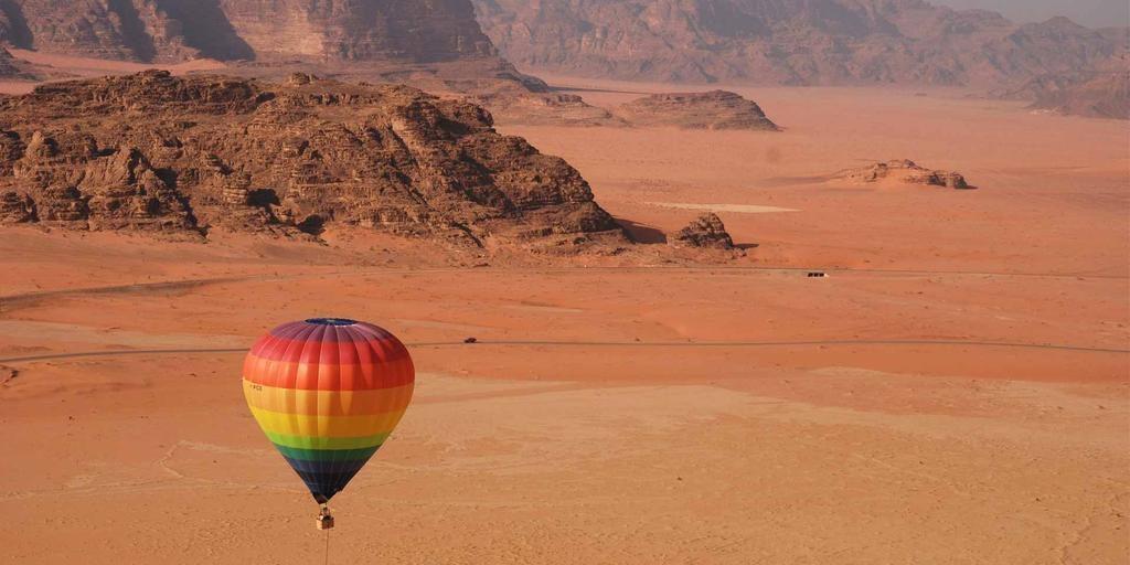 Wadi-Rum-jordandailytours